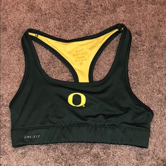 Nike Oregon Ducks sports bra. M 5b836dc9dcfb5a7e870f16b0 c3269371e1a